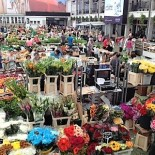 Farmers' Market Wed & Fri